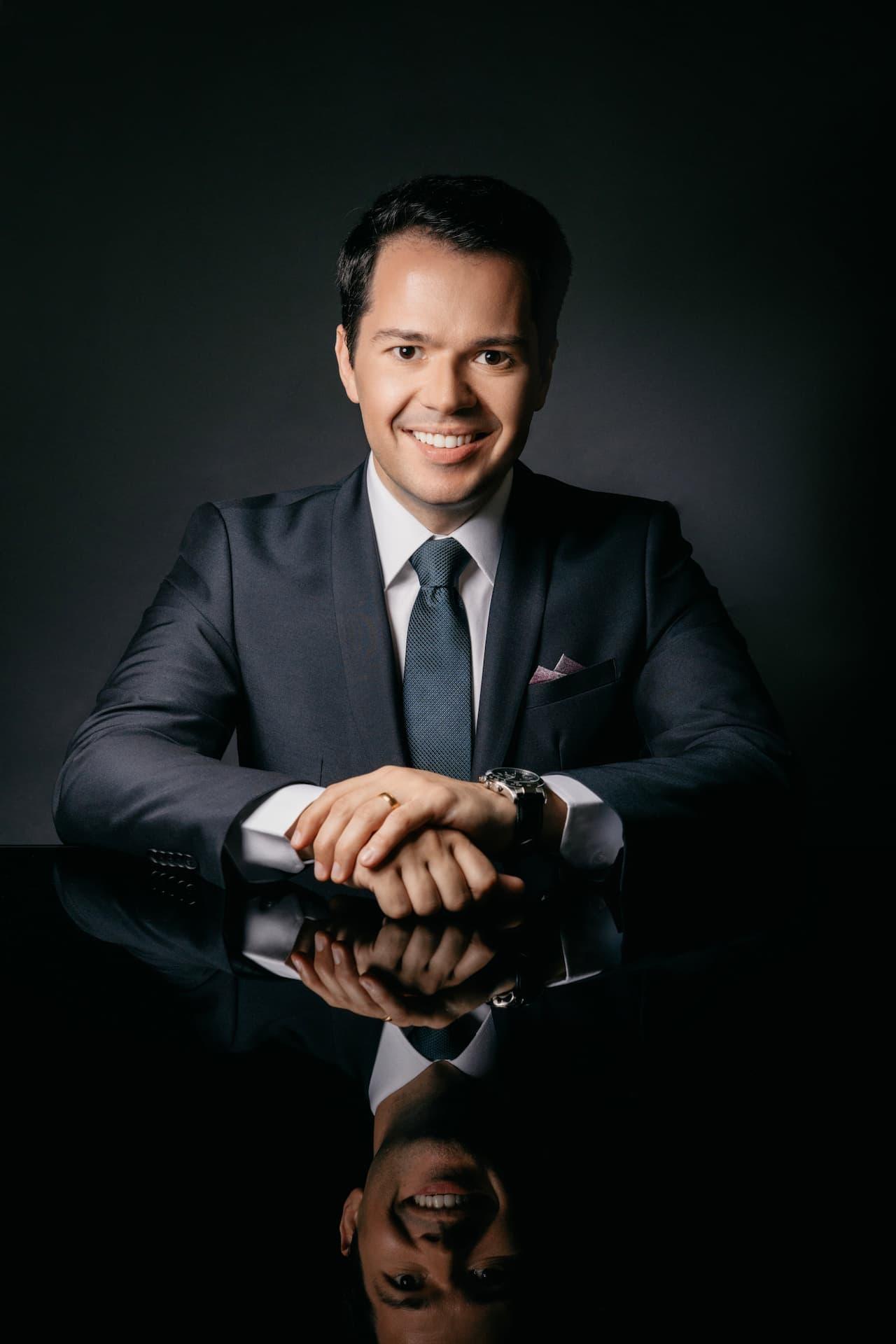 Dr. Rafael Fenato